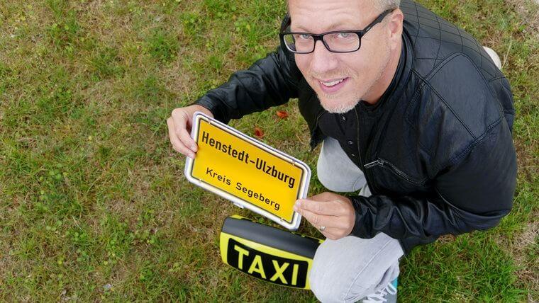 Taxi Jan Malte tourt durch Henstedt-Ulzburg
